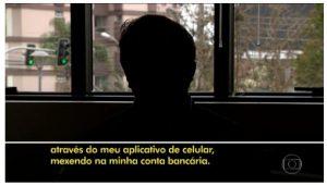 Vídeo disponível em http://g1.globo.com/jornal-hoje/noticia/2017/08/golpes-por-smartphones-representam-15-das-fraudes-na-internet.html
